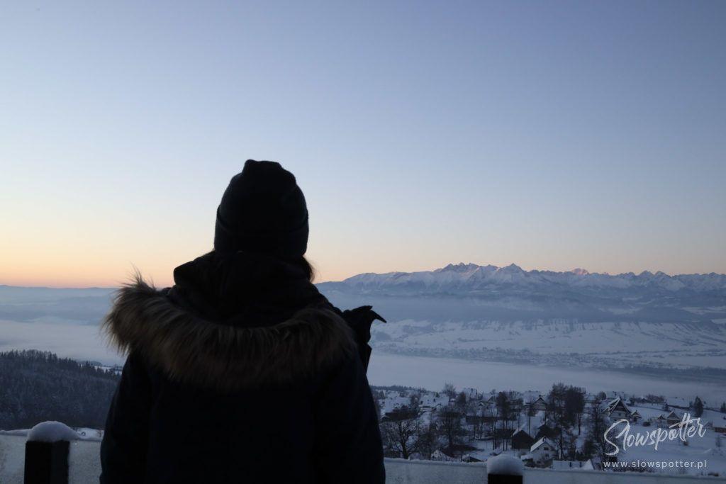 Chatta Huba Zima Nad Czorsztynem Slowspotter Gorce widok na góry