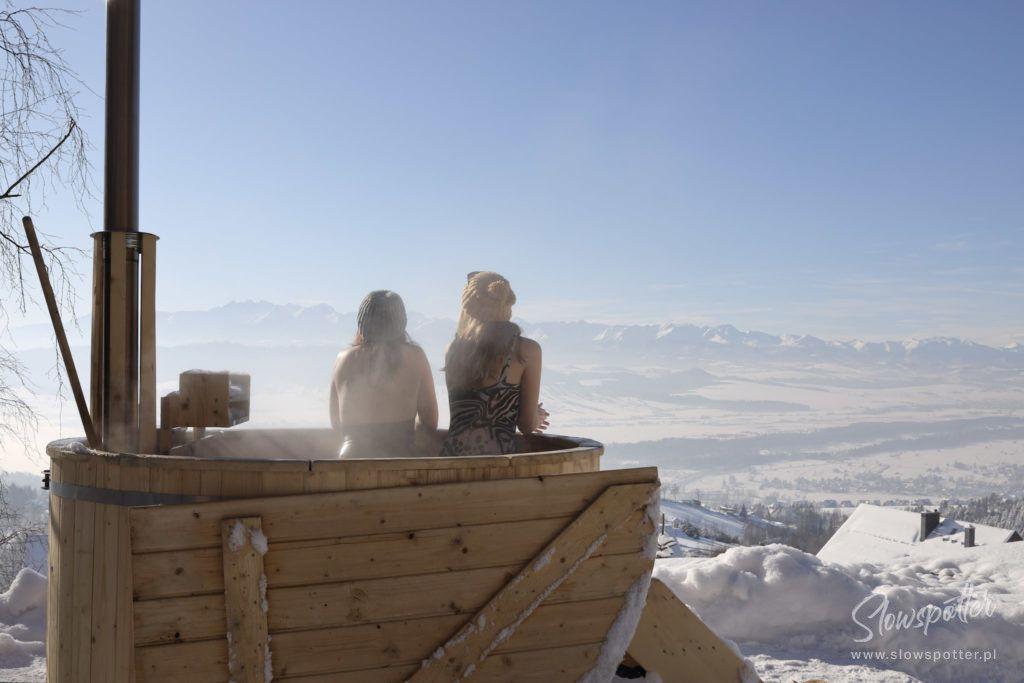 Chatta Huba Zima Nad Czorsztynem Slowspotter Gorce kąpiel w gorącej balii