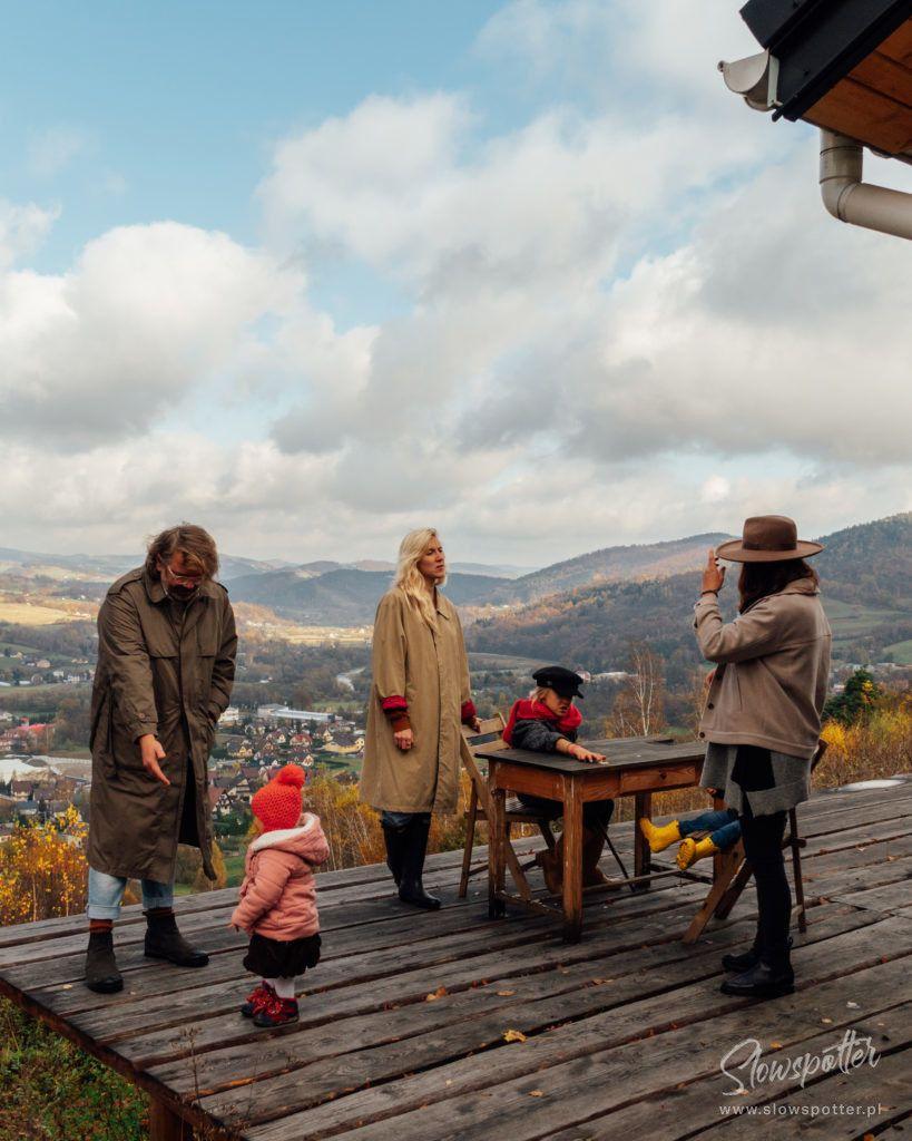 Dom-na-Wzgórzu-Paproć-wizyta-Slowspotter