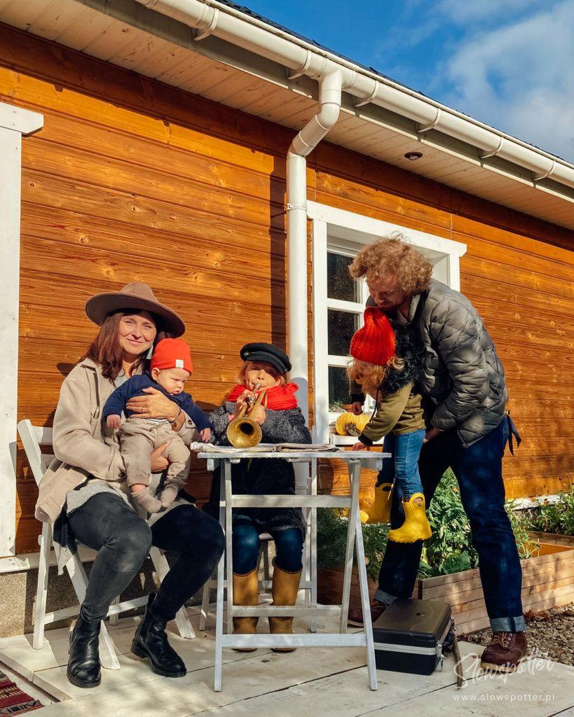 Dom-na-Wzgórzu-Paproć Wizyta Slowspotter