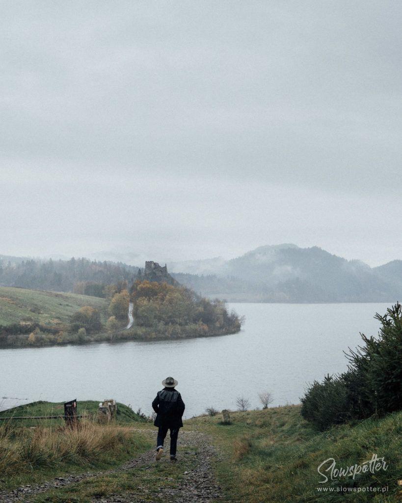 Jezioro Czorsztyńskie Zamek w Czorsztynie Slowspotter