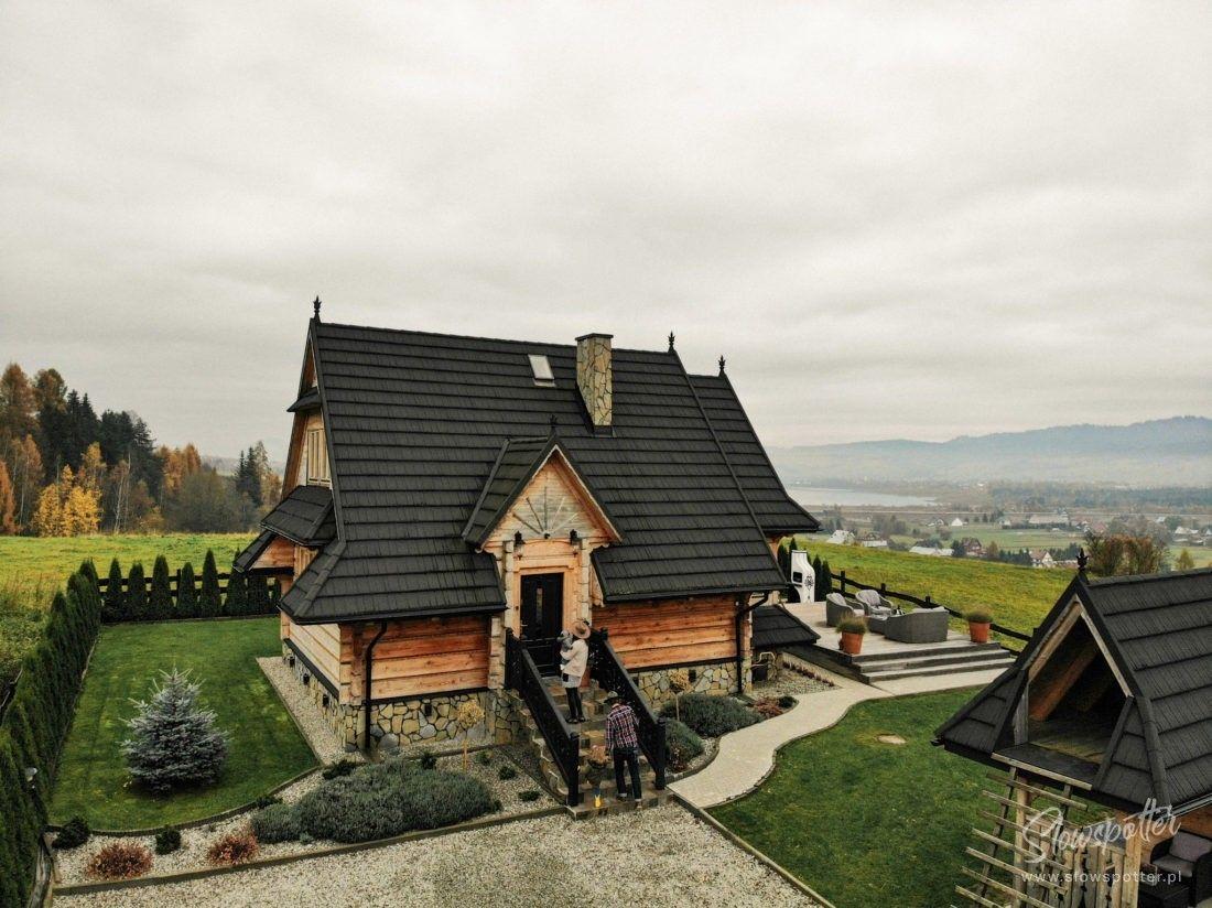 Dom w gorach Gorce Gorski Azyl Slowspotter widok z lotu ptaka e1614697630153