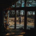 Slowspotter z wizytą w Bookworm cabin pod Warszawą