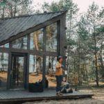 Slowspotter w Bookworm cabin