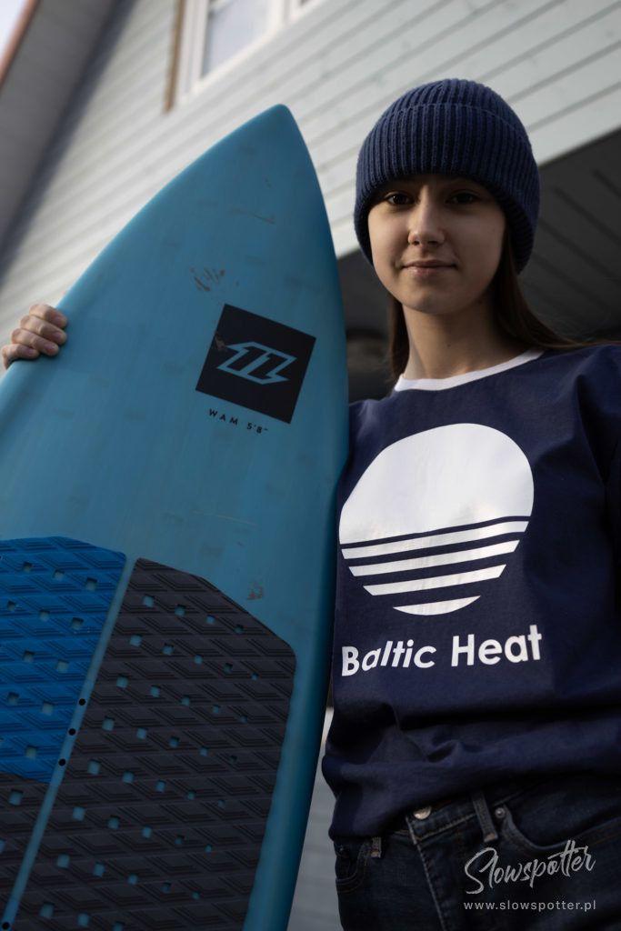 Fajne-Miejsce-Dębki-Surfer-vibe-Baltic-Heat-Slowspotter