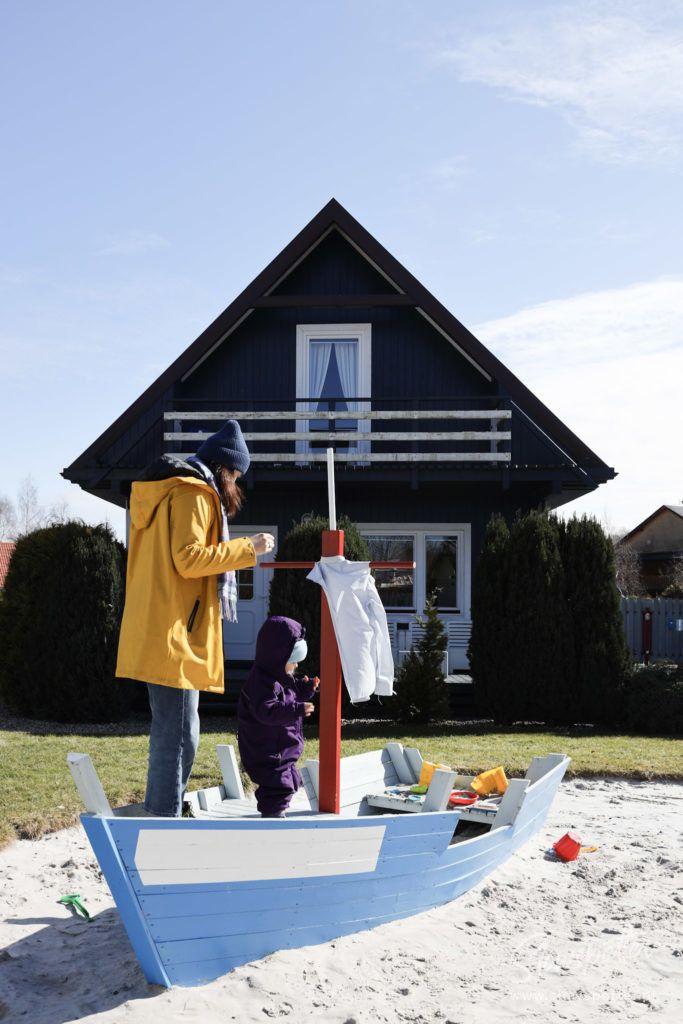 Fajne Miejsce Wizyta Slowspotter Niebieskie Domki Nad Morzem Plac Zabaw