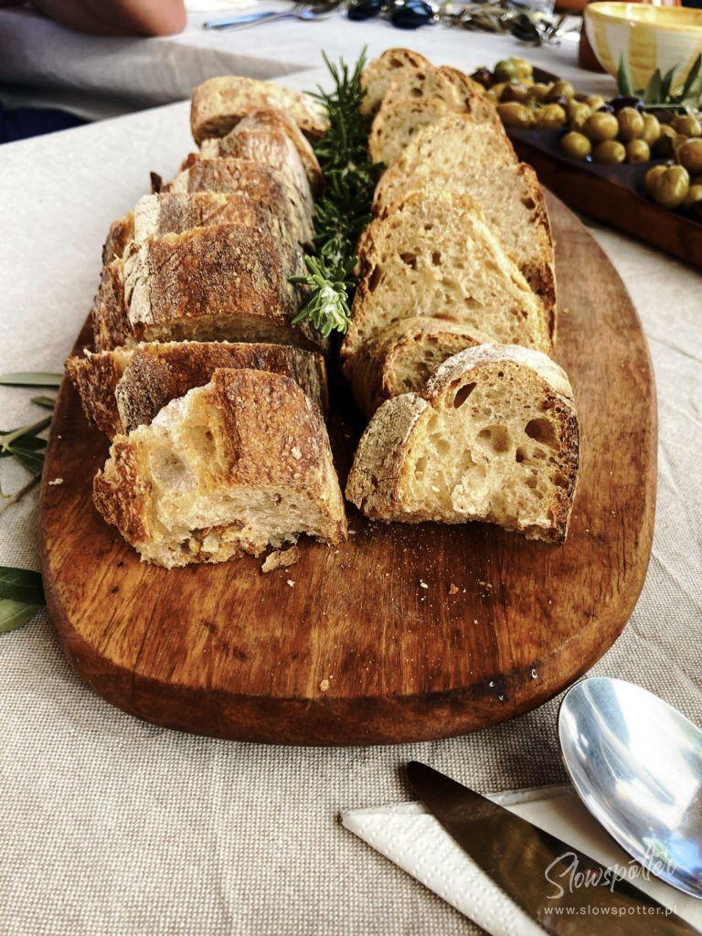 Slowspotter świeży chleb Farm to table