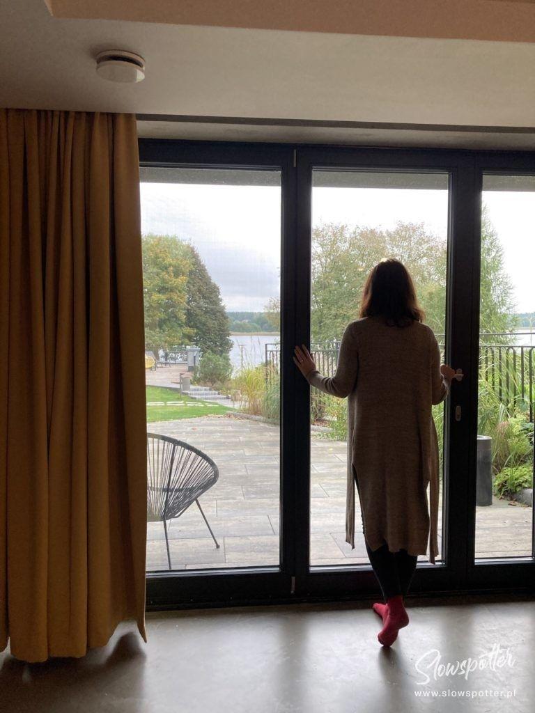 Widok na jezioro Isąg w Niebie do Wynajęcia Slowspotter