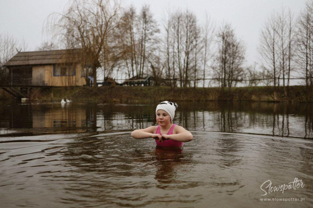 Siedlisko-Leluja-pod-Warszawą-na-wsi-Slowspotter-morsowanie