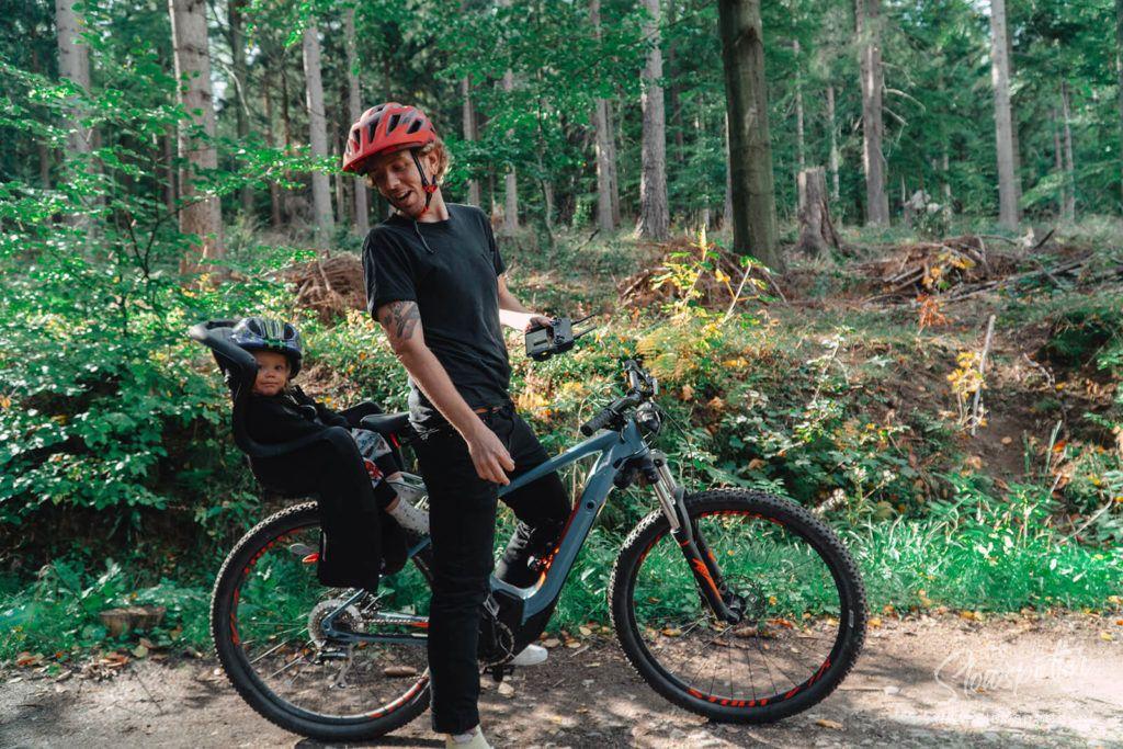 Willa Drewniana Róża - wycieczka rowerowa - Slowspotter