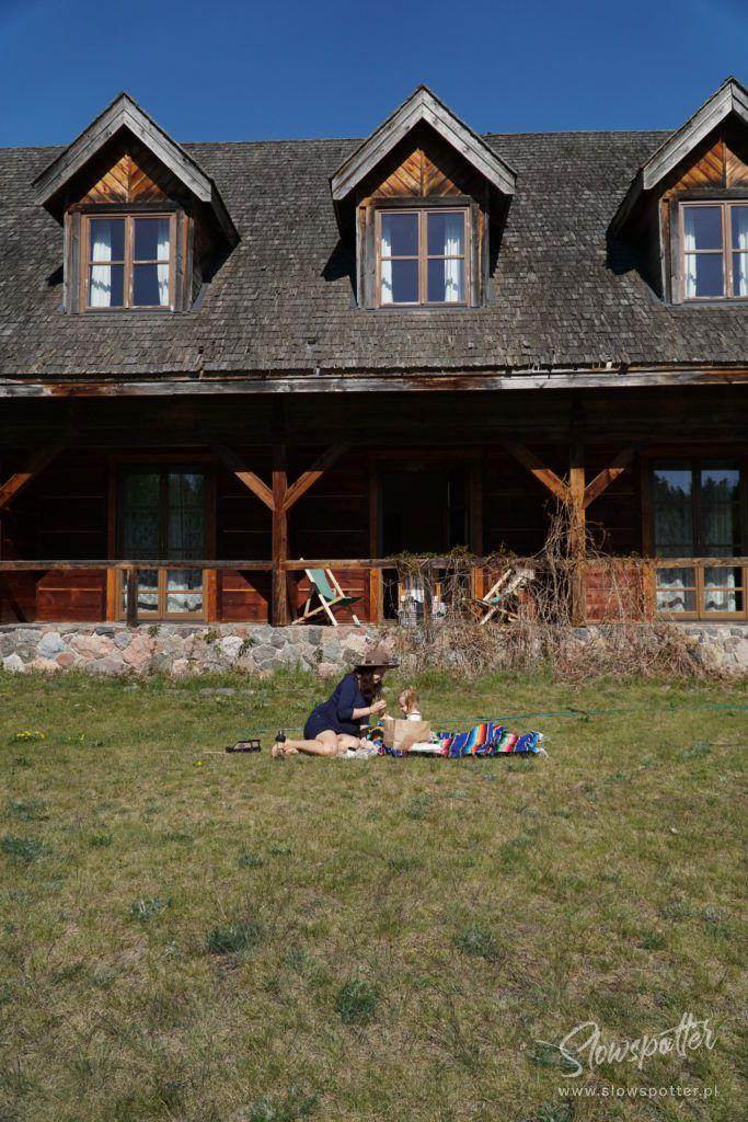Zagroda Kuwasy Pensjonat obok Biebrzańskiego Parku Narodowego Slowspotter